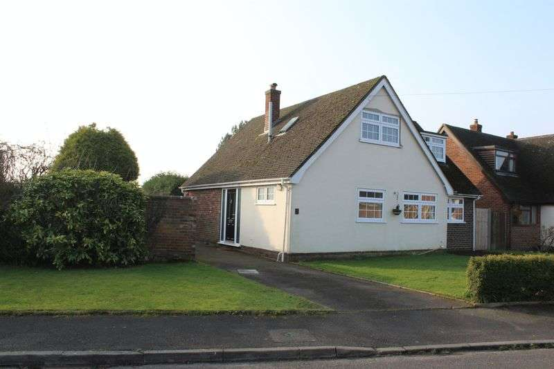 3 Bedrooms Detached House for sale in Cavendish Close, Doveridge, Ashbourne