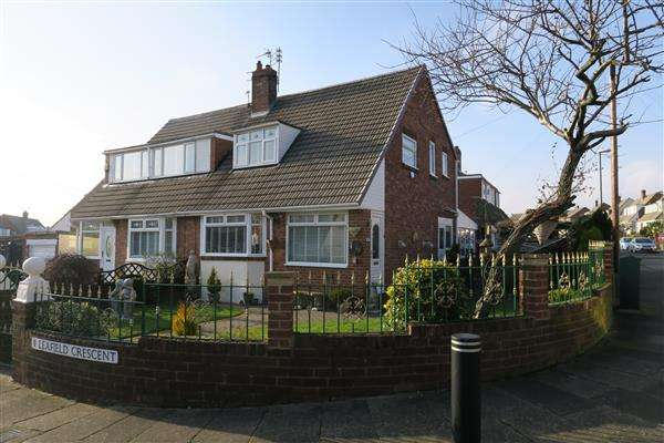 3 Bedrooms Semi Detached House for sale in Leafield Crescent, South Shields