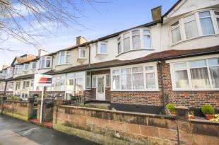 3 Bedrooms Terraced House for sale in Selsdon Road, South Croydon, .