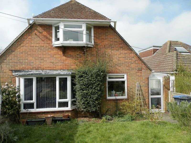 3 Bedrooms Bungalow for sale in Hazelhurst Crescent, Findon Valley