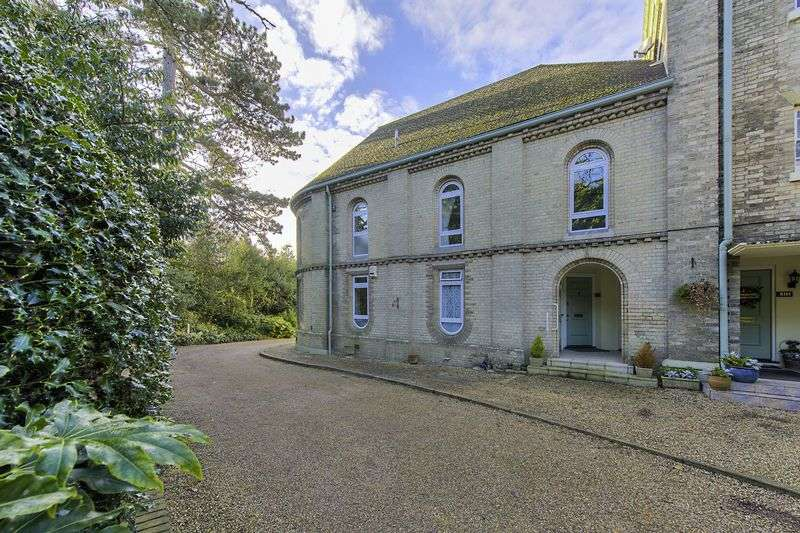 3 Bedrooms Maisonette Flat for sale in The Chapel, Lilystone Hall, Stock Village.