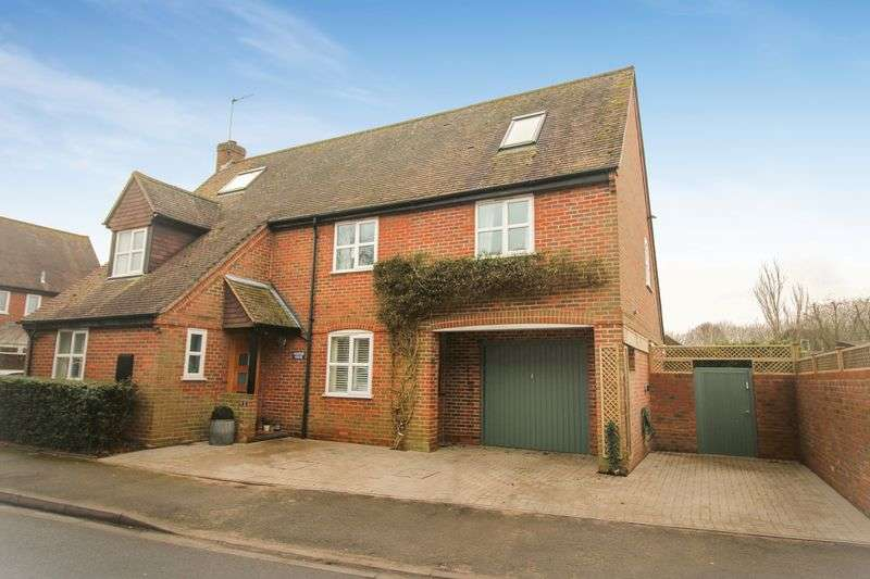 5 Bedrooms Detached House for sale in Mitchell Close, Thame