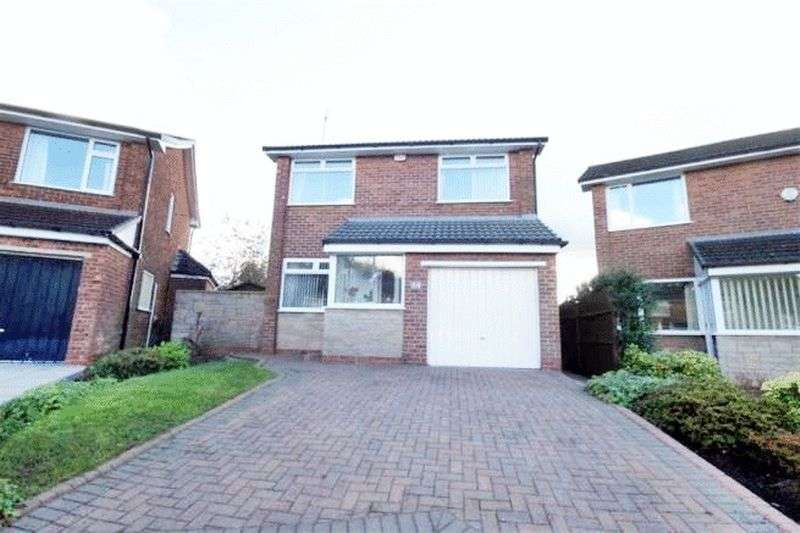 3 Bedrooms Detached House for sale in Thornhill Drive, Manchester
