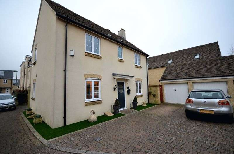 3 Bedrooms Detached House for sale in Briary Way, Carterton