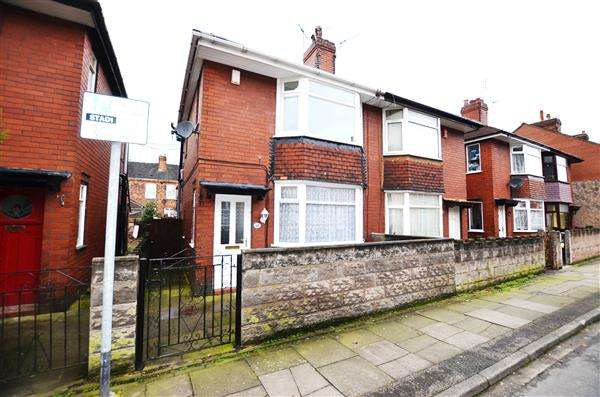 2 Bedrooms Semi Detached House for sale in Birks Street, Stoke, Stoke-On-Trent