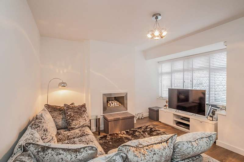 2 Bedrooms Property for sale in Briar Road, Watford, WD25