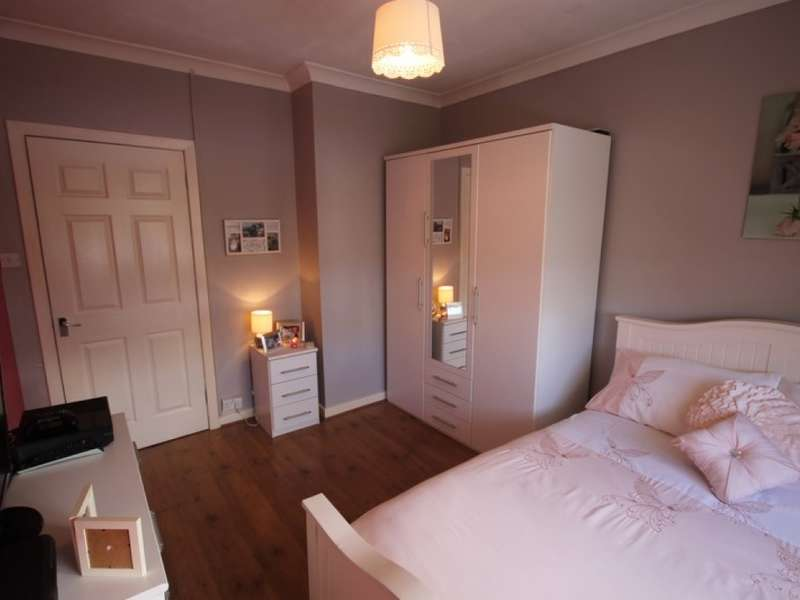 2 Bedrooms Flat for sale in 18 Abbotsford Road, Wishaw, ML2 7DL