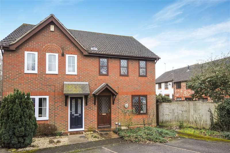 3 Bedrooms Semi Detached House for sale in Hebbecastle Down, Warfield, Berkshire, RG42