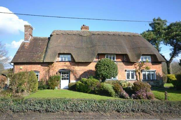 4 Bedrooms Detached House for sale in FONTMELL MAGNA