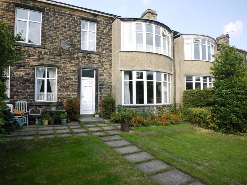 3 Bedrooms Semi Detached House for sale in Radcliffe Lane, Pudsey, LS28