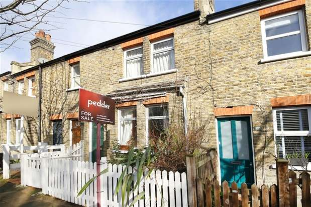 2 Bedrooms Maisonette Flat for sale in Lucas Road, Penge