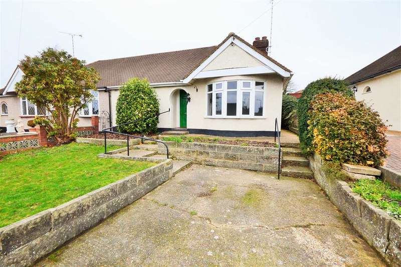 2 Bedrooms Semi Detached Bungalow for sale in Roach Avenue, Rayleigh