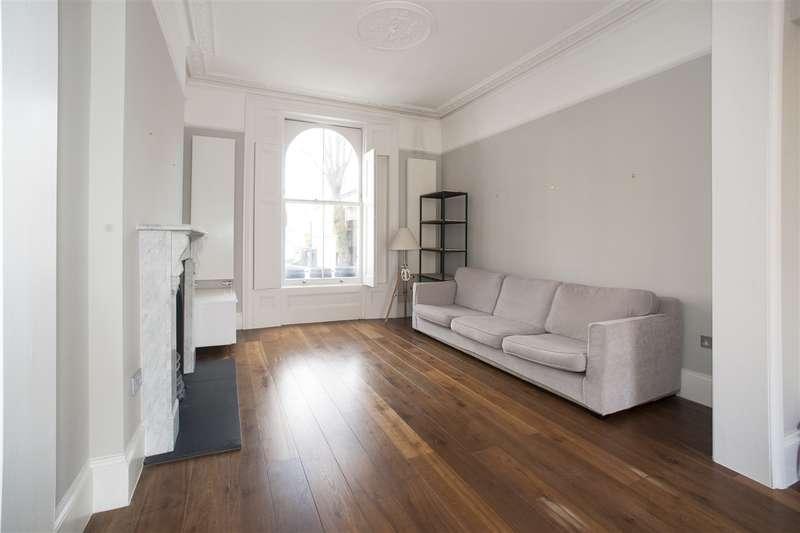 2 Bedrooms Maisonette Flat for sale in Bamborough Gardens, Shepherd's Bush