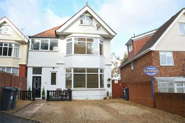 2 Bedrooms Flat for sale in Belle Vue Crescent, Southbourne, Bournemouth