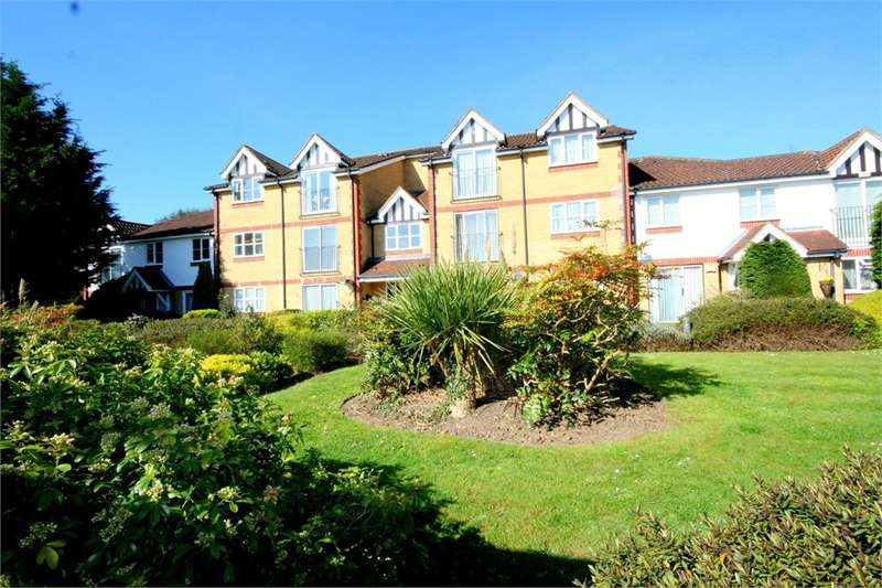 1 Bedroom Flat for sale in Morse Close, Harefield, Middlesex