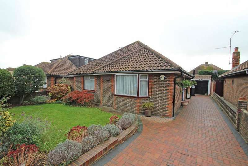 2 Bedrooms Bungalow for sale in Kingston Way, Shoreham by Sea, West Sussex, BN43 6YA