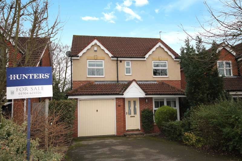 4 Bedrooms Detached House for sale in Landau Close, Clifton Without, York, YO30 5FT