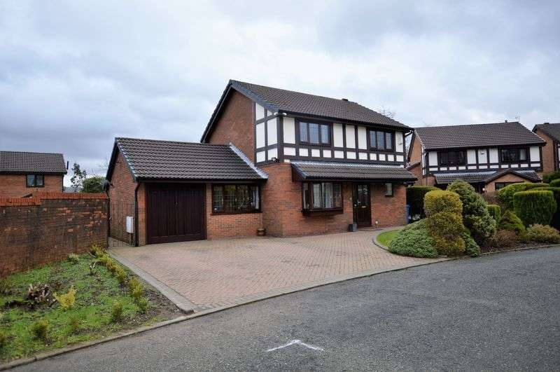 4 Bedrooms Detached House for sale in Brookfield Drive, Littleborough