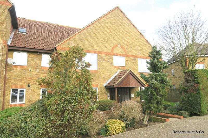 2 Bedrooms Flat for sale in Kempton Avenue, Sunbury-On-Thames