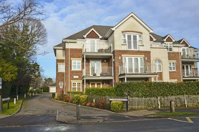 3 Bedrooms Flat for sale in Cavendish Place, Lymington