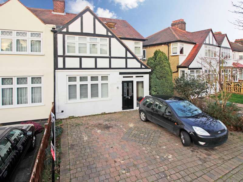 4 Bedrooms End Of Terrace House for sale in Aviemore Way, Beckenham, BR3