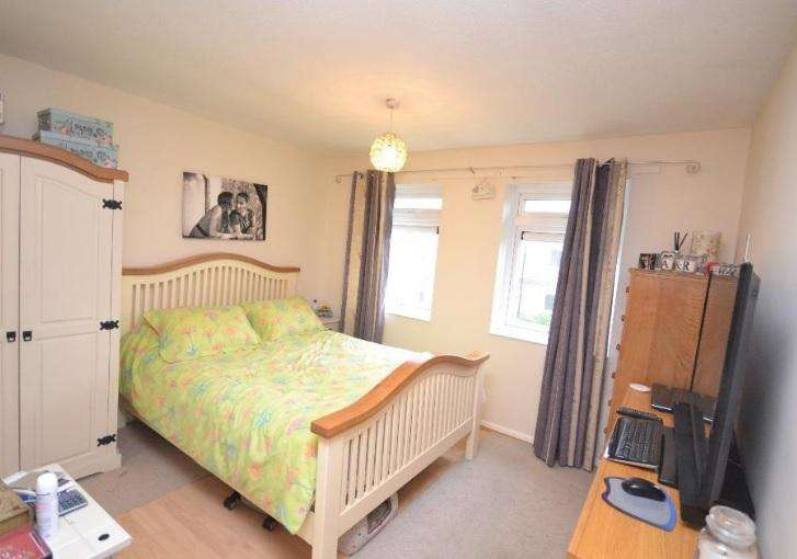 2 Bedrooms Apartment Flat for sale in Beech Close, Takeley