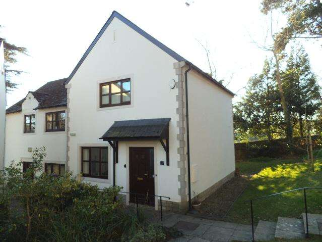 2 Bedrooms Semi Detached House for sale in Restway Gardens, Bridgend CF31