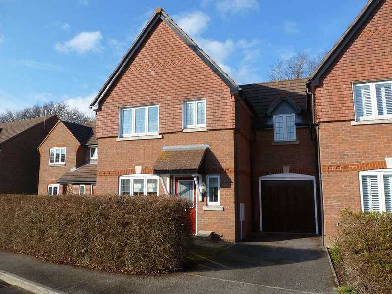 3 Bedrooms Semi Detached House for sale in The Oaks, Aldwick, Bognor Regis PO21
