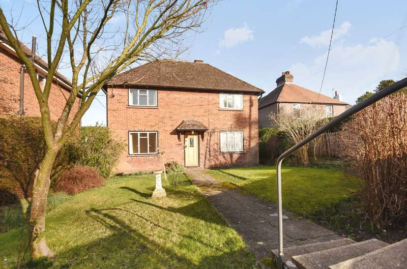2 Bedrooms Detached House for sale in Fern Road, Storrington, RH20
