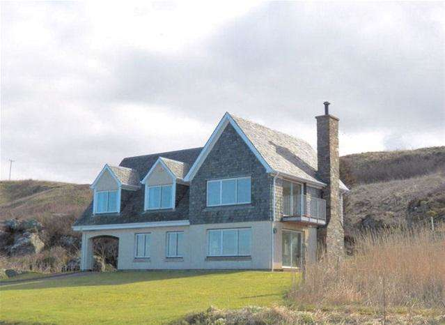 3 Bedrooms Detached Villa House for sale in Putechan House, Bellochantuy, by Campbeltown, PA28 6QE