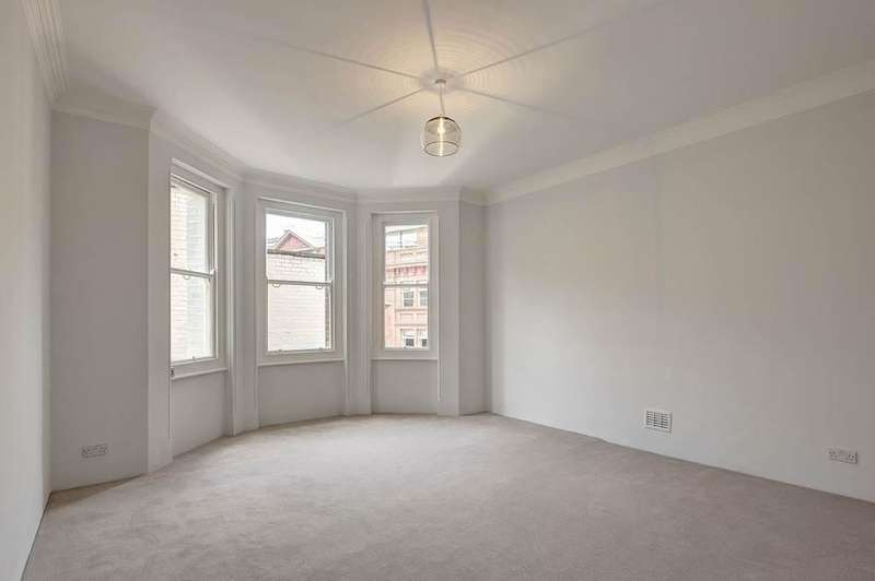 3 Bedrooms Flat for sale in Ashley Gardens, Thirleby Road, London SW1P