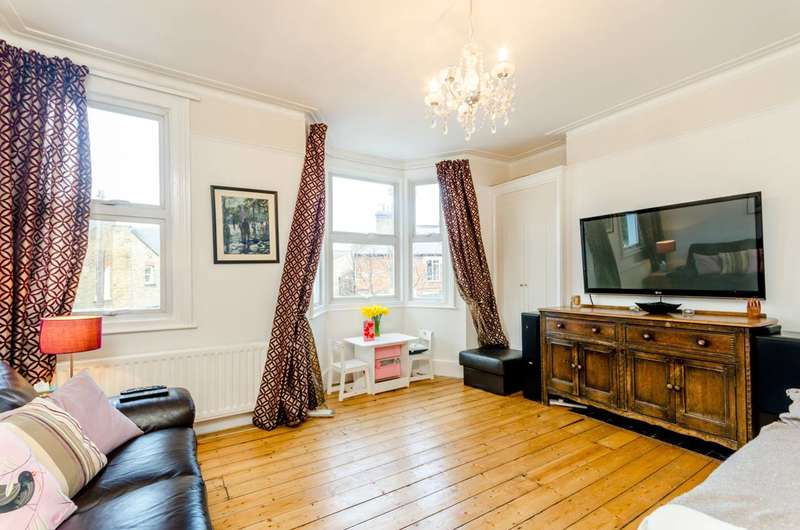 3 Bedrooms Flat for sale in Atheldene Road, Earlsfield, SW18