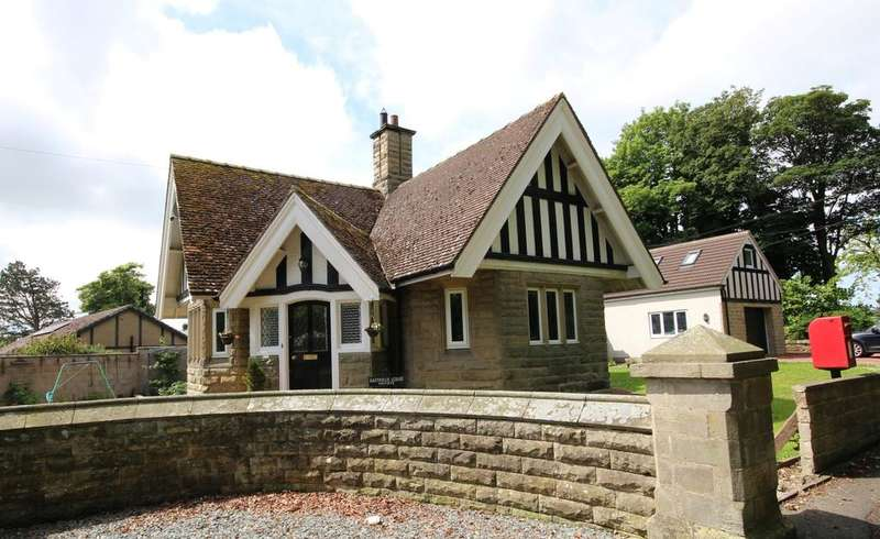 2 Bedrooms Cottage House for sale in Eastfield Lodge, Eastfield, Warkworth, Morpeth, Northumberland NE65
