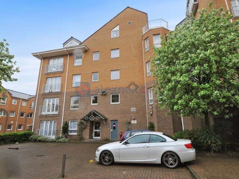 1 Bedroom Flat for sale in Homer Drive, Docklands E14