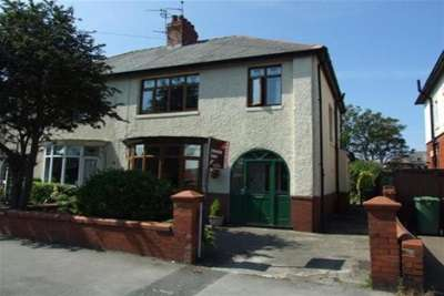 4 Bedrooms Semi Detached House for rent in St. Andrews Road North, St Annes