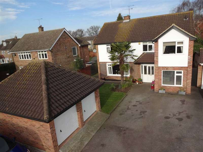 4 Bedrooms Detached House for sale in Springfield Road, Chelmsford