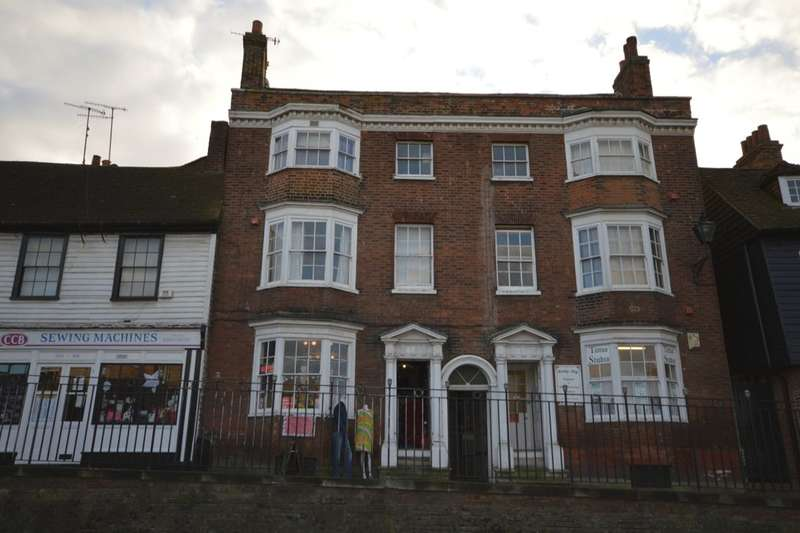 1 Bedroom Flat for sale in St. Margarets Banks High Street, Rochester, ME1