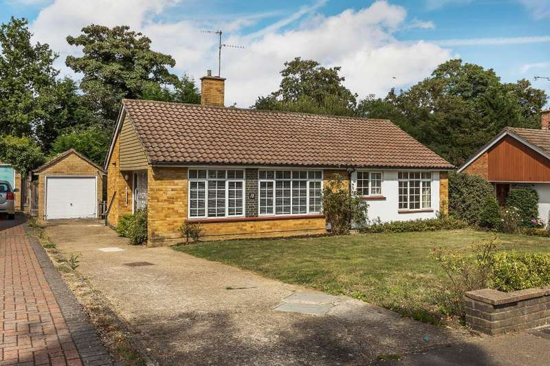 3 Bedrooms Bungalow for sale in Guildford