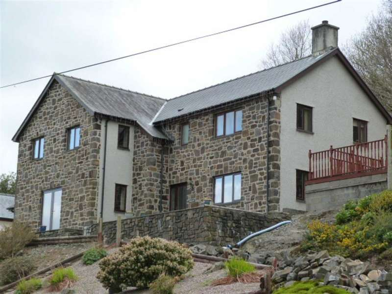 4 Bedrooms Detached House for sale in Aberangell, Machynlleth