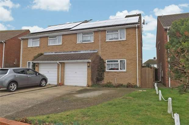 4 Bedrooms Semi Detached House for sale in Poulders Gardens, Sandwich, Kent