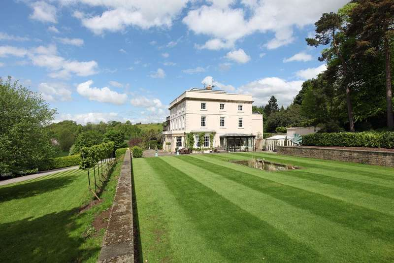 6 Bedrooms House for sale in Castle Hill House, Baslow Road, Bakewell, Derbyshire DE45