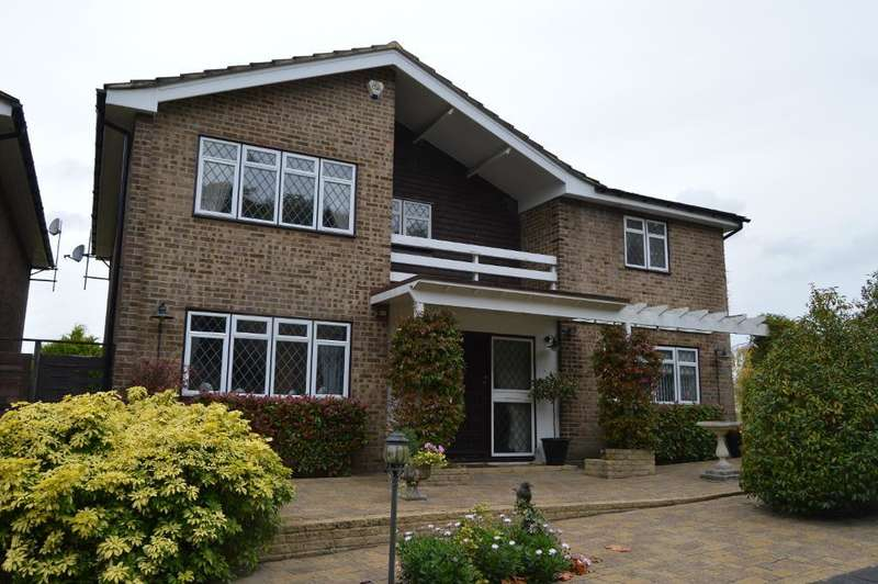 3 Bedrooms Detached House for sale in Ringwood Avenue, Pratts Bottom, Kent, BR6 7SY