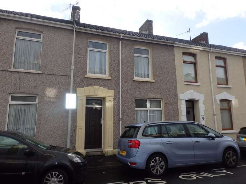 3 Bedrooms Terraced House for sale in Brynmor Road