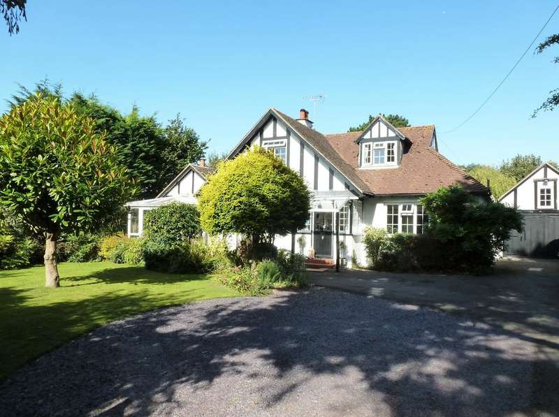 5 Bedrooms Detached House for sale in Barrack Lane, Aldwick, Bognor Regis PO21