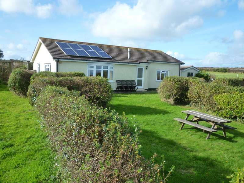 2 Bedrooms Detached Bungalow for sale in 6 acre Smallholding near Lamorna, Penzance TR19