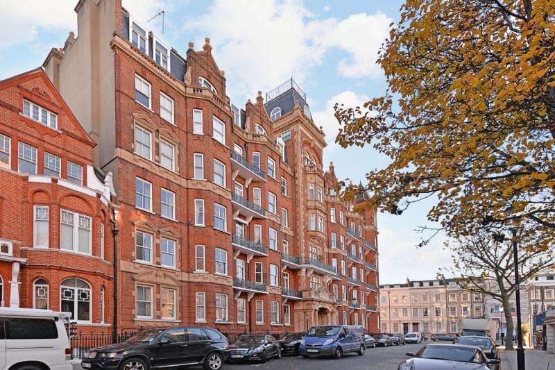 2 Bedrooms Flat for sale in Langham Mansions, Earl's Court Square, Earls Court, London, SW5