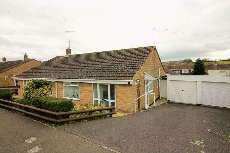 2 Bedrooms Semi Detached Bungalow for sale in Summerlands Park Avenue, Ilminster