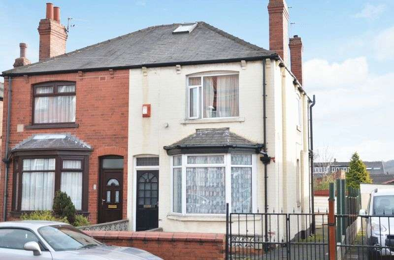 3 Bedrooms Semi Detached House for sale in Atha Street, Leeds