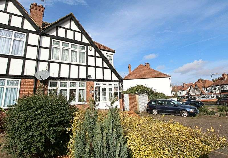 3 Bedrooms Semi Detached House for sale in Oldborough Road, Wembley