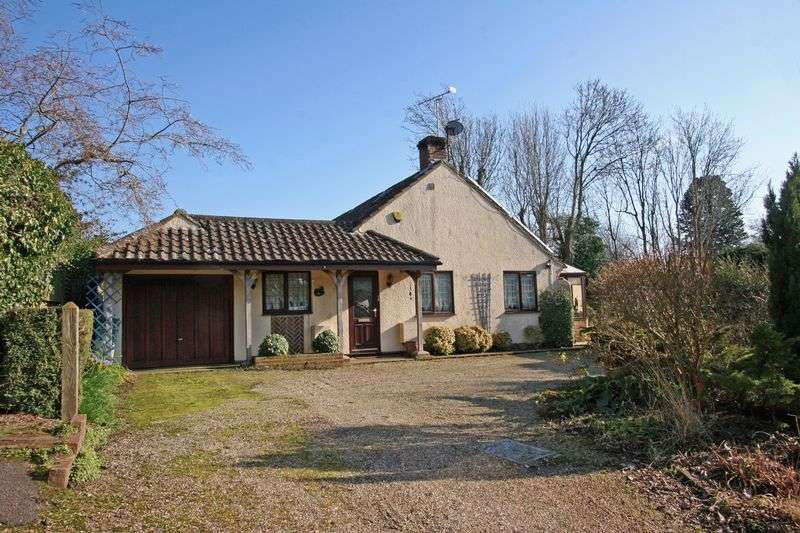 3 Bedrooms Detached Bungalow for sale in Church Lane, Henfield